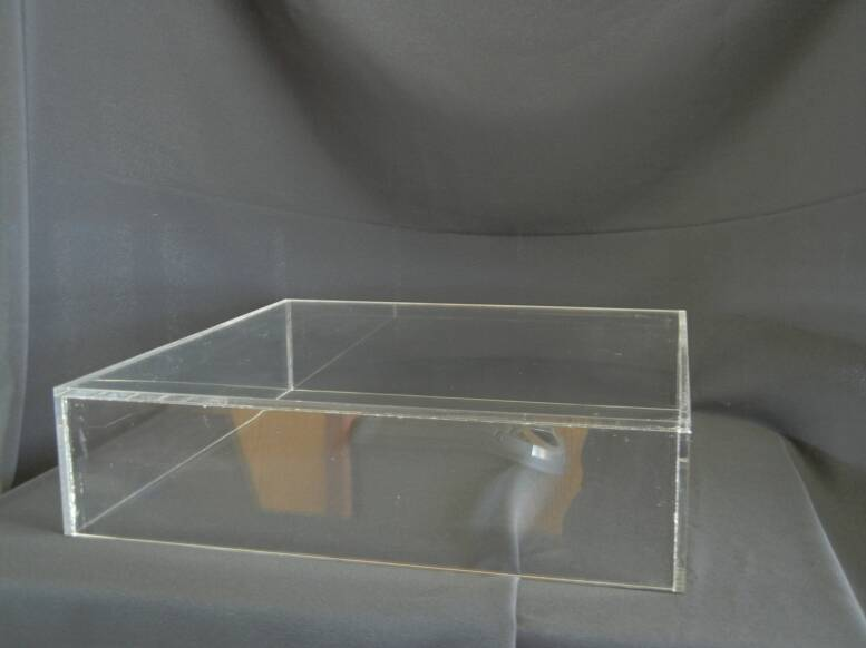 ... Clear Acrylic Cake Stand ***Perfect to place lights flowers or other decor & Rentals